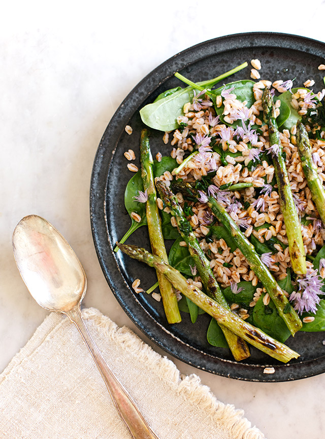 sommersalat med asparges